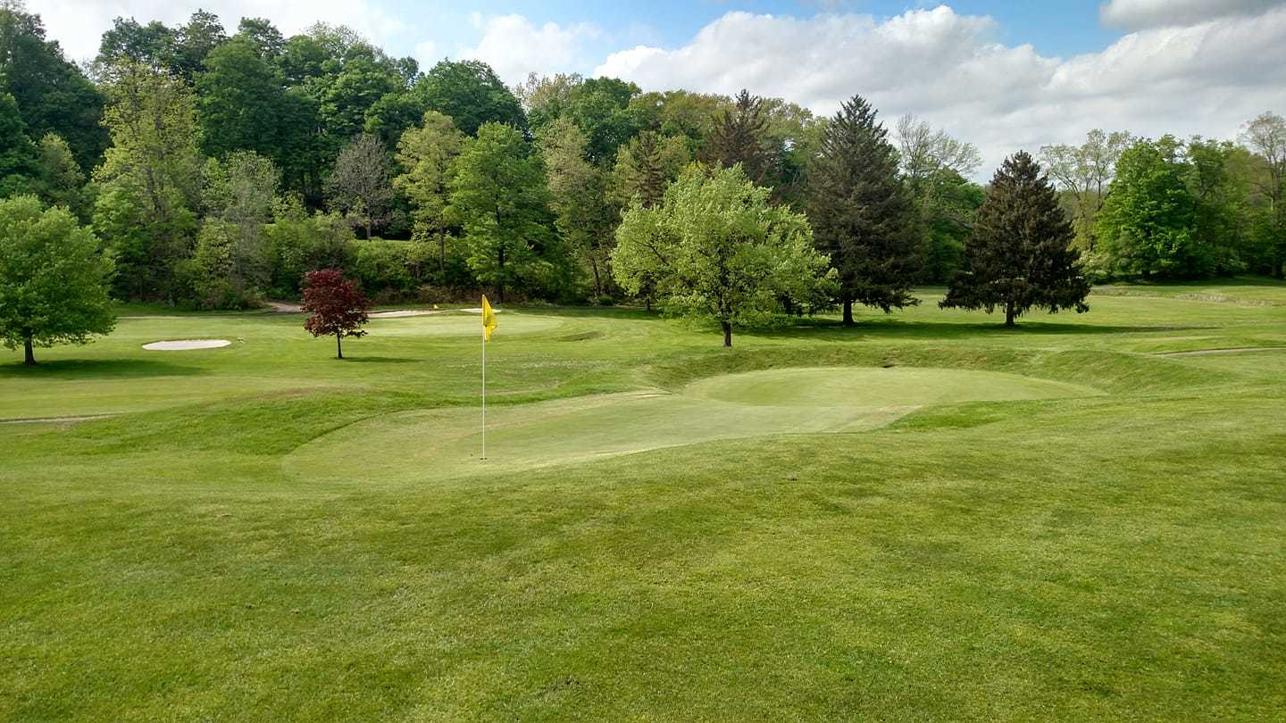 The 7th green is one of the most original in the Northeast.